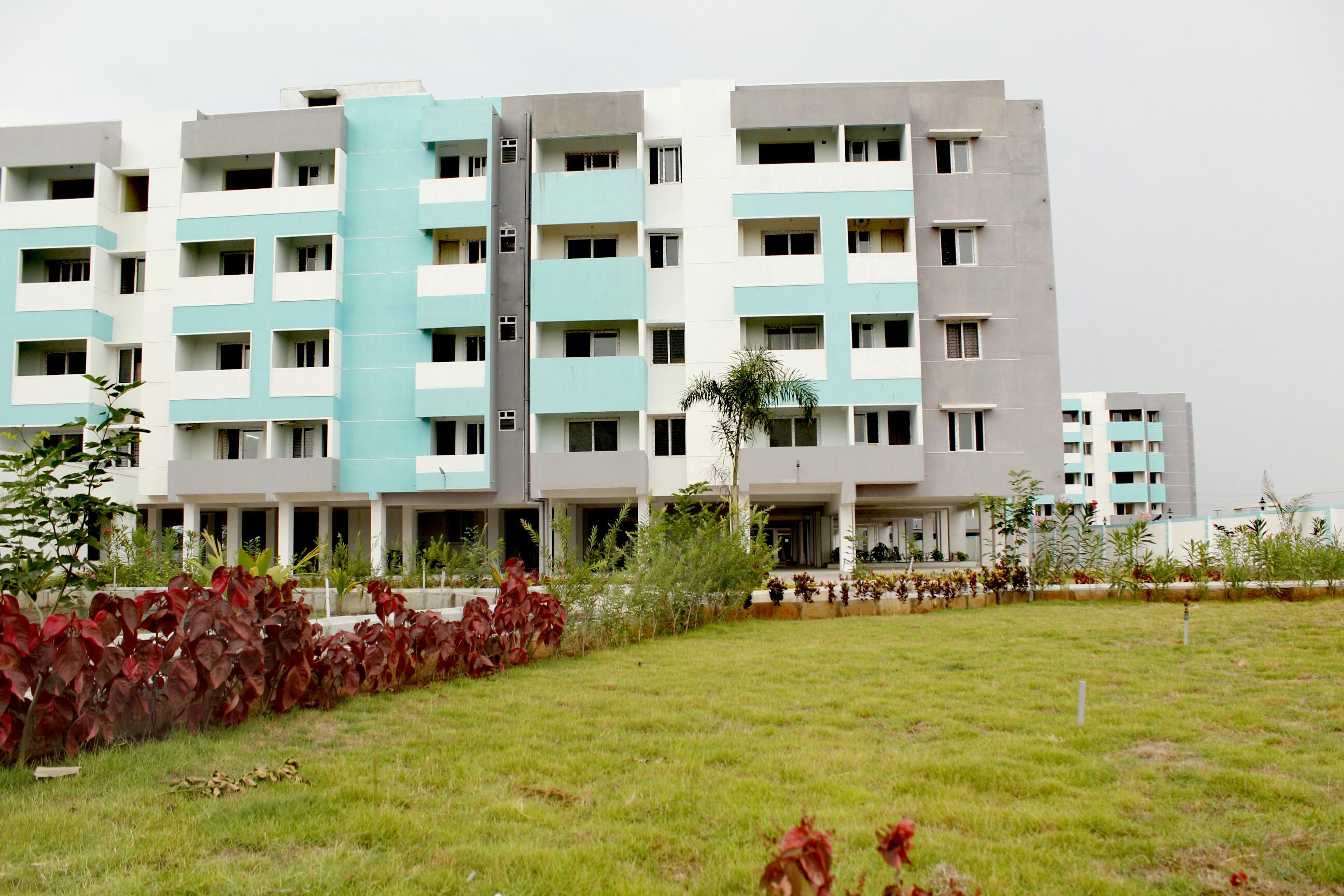 excellent 2bhk flats for sale near srm university