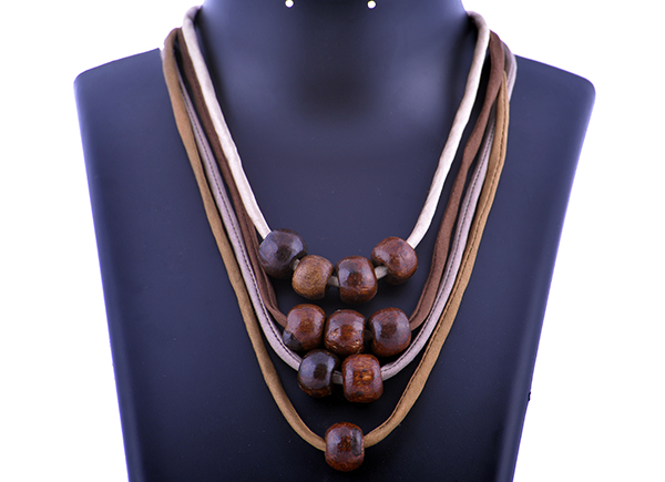 Handmade Neckpiece in Jaw Dropping Price