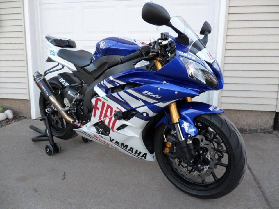 used Yamaha YZF-R1
