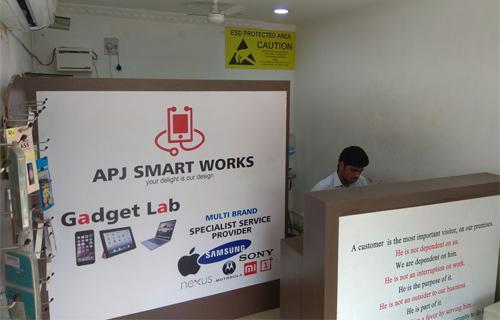 iPhone Service Center, iPad Service Center | APJ Smart Works